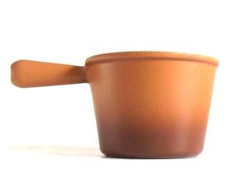 Le Creuset Fondue Pot #6470 Enameled Cast Iron Cookware Saucepan Tan Brown