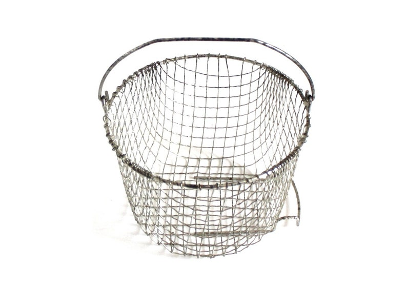 Food Photography Prop Wire Basket Bail Handle 7.75 image 0
