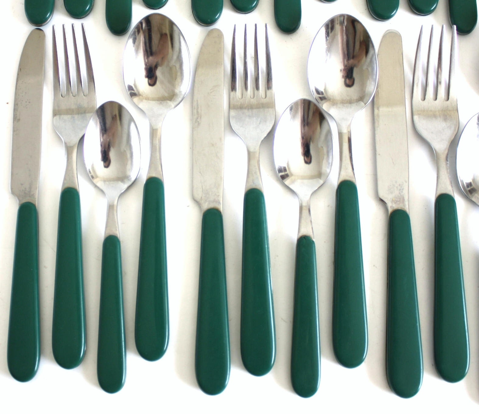 Oneida Plastic Handle Stainless Flatware Replacement