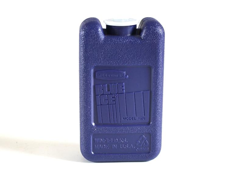 Rubbermaid Blue Ice 1026 Mini Ice Pack Igloo Ice 9708 or image 0