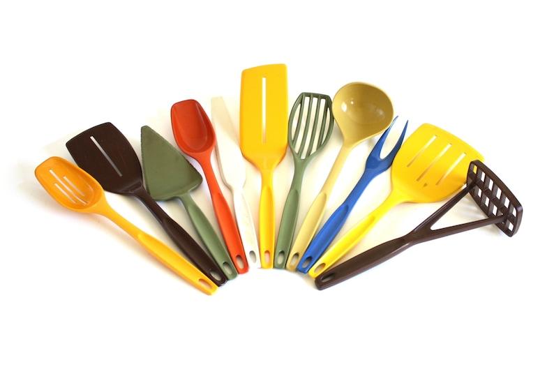 Nylon Plastic Foley Kitchen Utensils 1970s 1980s Kitchen Icing image 0