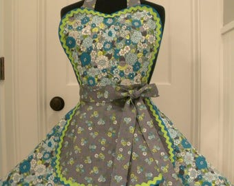 Womens Apron-Bouquets and Blossoms Flounce Apron