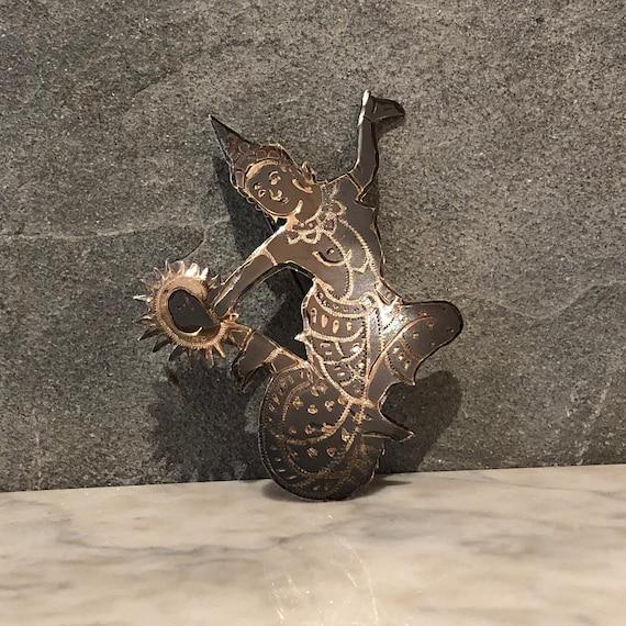 Vintage dancer Brooch. Carved sterling silver broo