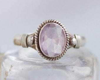 Lilac Boho Ring - Sterling Silver and Oval Faceted Glass in light Purple Ring Size 7 - Vintage Jewelry