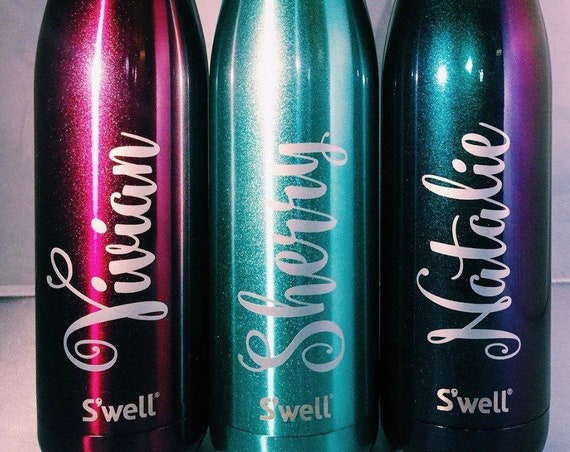 Monogrammed Swell Bottle - Name Design