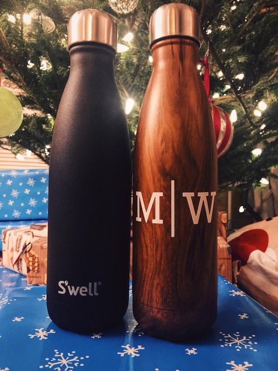 Monogram Swell Bottle - Christmas, Anniversary, Sorority, Hanukkah , Bridesmaids. Monogrammed Swell,