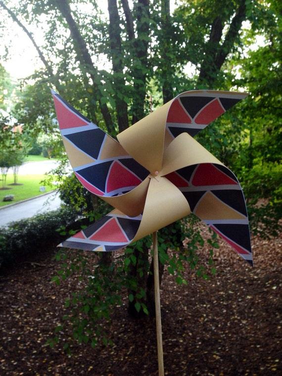 10 Custom Geometric Pinwheels