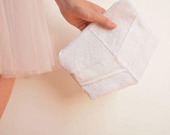 White lace bridal clutch bag