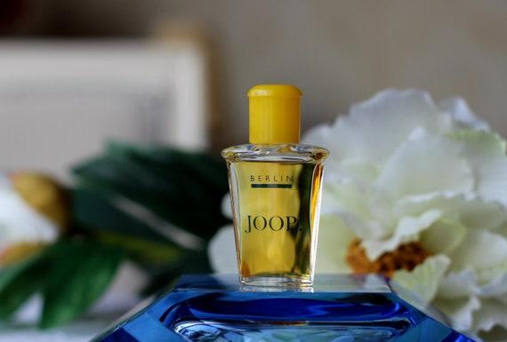 Rabatt ankommen zeitloses Design Vintage 1990s Perfume