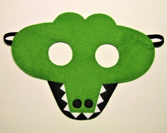 Crocodile felt mask green zoo animal party favor for boy girl kids adult him her Dress up play accessory Theatre roleplay Photo booth prop