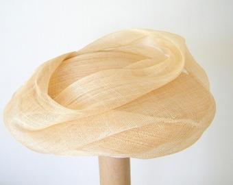 summer dress hat, off white fascinator, womens event hat, 20s wedding hat, cocktail hat,  mini occasion hat UK, formal hat,  ivory dress hat