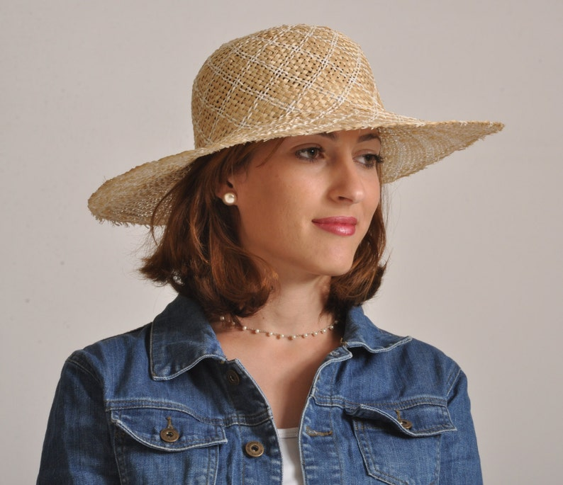 f3d19e6c1c8a Wide brim straw hat for women  summer hat for ladies  sun