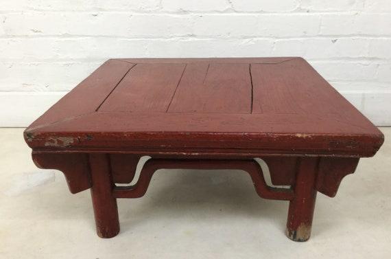 Antique rouge laque japonaise basse Chabudai / Zataku Table-lourd rustique  construction décorateurs idéal pièce