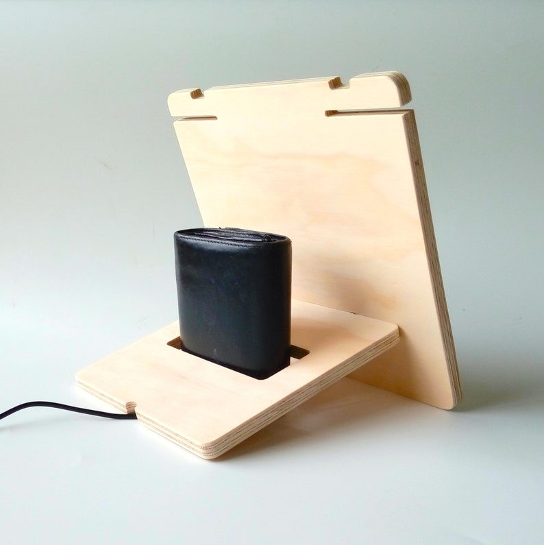 Objectify Plywood Stuff Stand