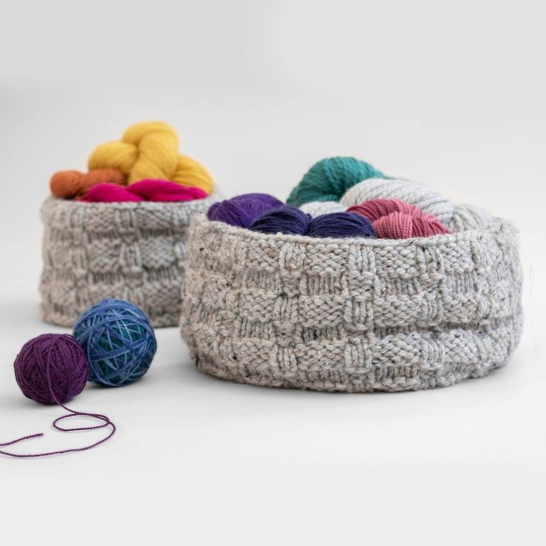 Knitting Pattern  Basketweave Baskets  Knitting Pattern image 0