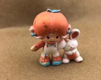 Apricot and Hopsalot -Strawberry Shortcake Vintage PVC Toy-