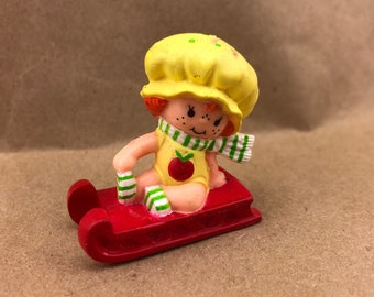 Apple Dumplin on Sled -Strawberry Shortcake Vintage PVC Toy -