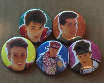 """5 Brand New 1.5"""" """"New Kids on the Block"""" Young Button Set"""