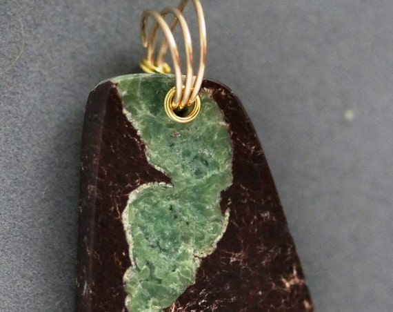 Chrysoprase pendant, green brown, Australian, brass twirl bail 66ct