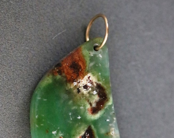 Chrysoprase pendant, green brown Australian, gold jump bail 50ct