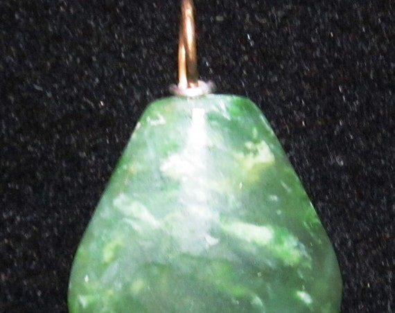 Jade pendant, green, California, silver bail 68ct