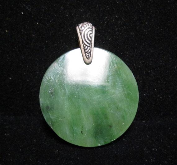 Jade round pendant, green Nephrite, pewter bail 56ct