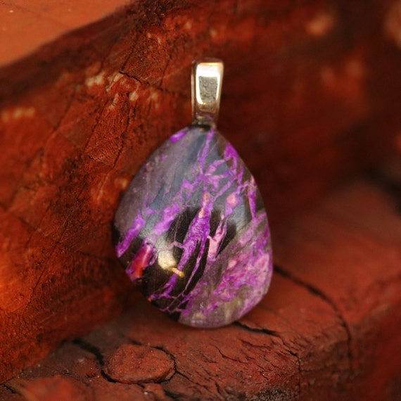 Sugilite Pendant, purple lavender, on Sterling Silver bail 19ct