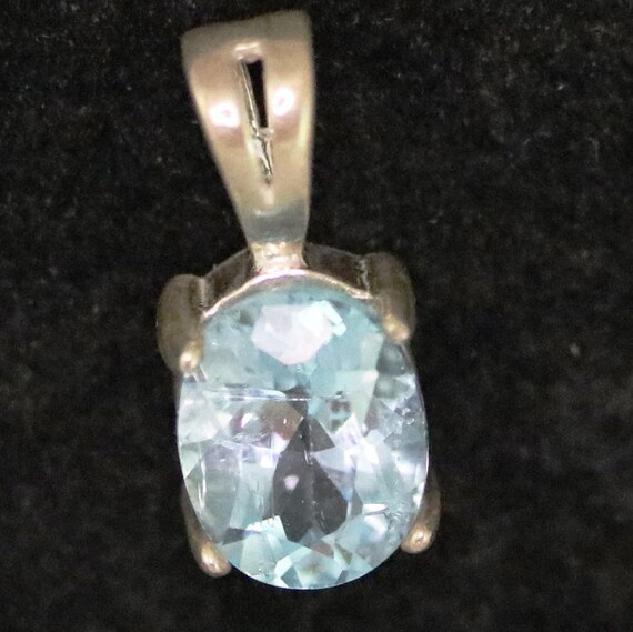Topaz pendant December Birthstone, ice blue, silver bezel 7.5ct