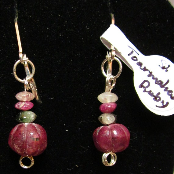 Earrings J, carved Ruby Nugget, Tourmaline beads, silver lever backs