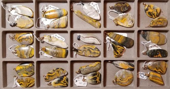 Bumblebee Jasper, 30 pendants, orange yellow black white, 55 to 68ct
