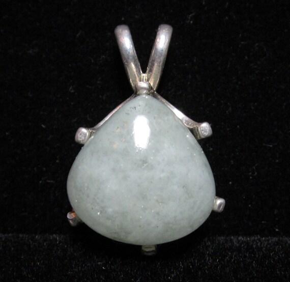 Aquamarine pendant, March Birthstone, silver bezel 26ct