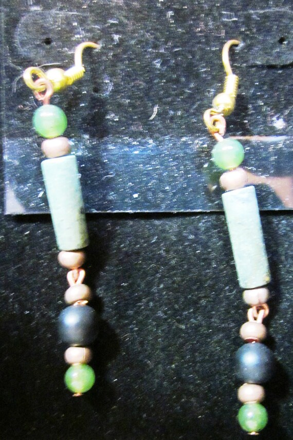 Earrings various green beads, sterling silver (23)