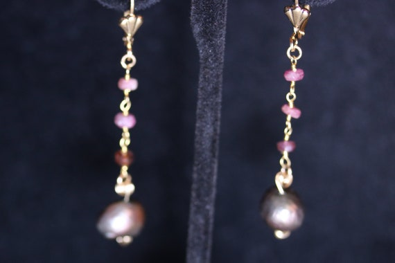 Earrings J, Brown Pearls Tourmaline, gold lever backs
