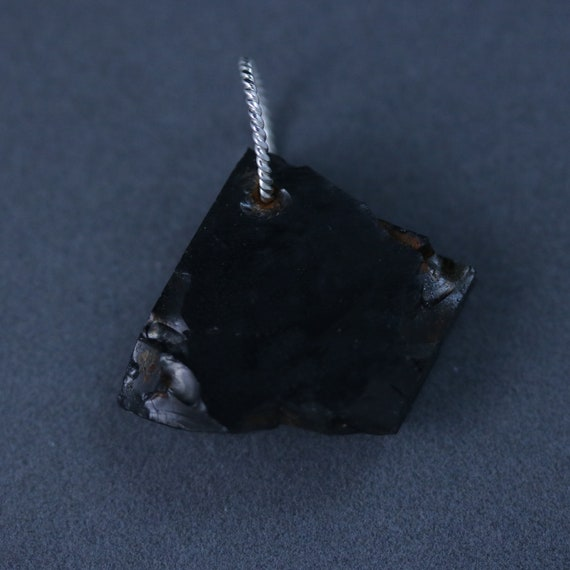 Shungite pendant black silver twisted jump bail 31ct purifying