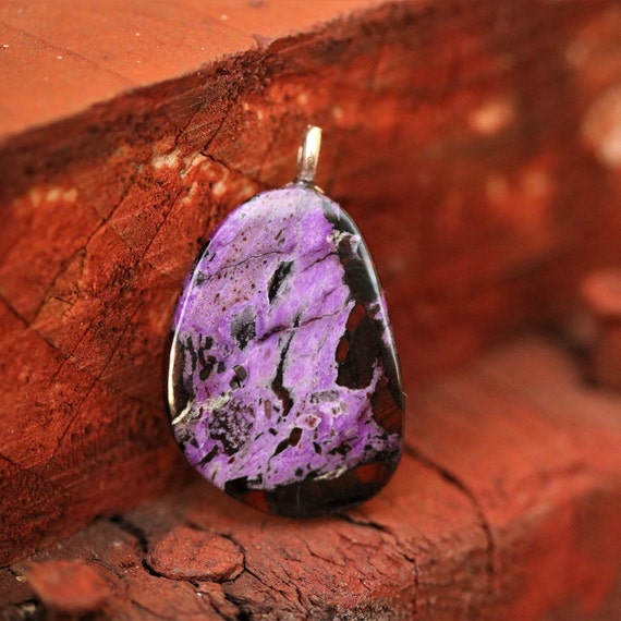 Sugilite Pendant, purple lavender black, on Sterling Silver bail 35ct