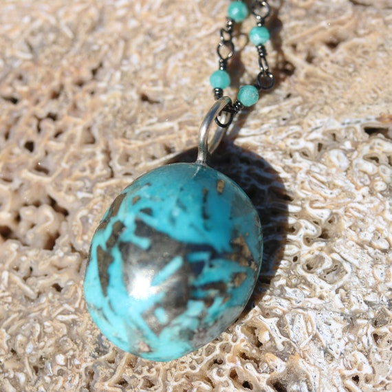 """Turquoise pendant 32.5ct, 18"""" beaded chain, lobster clasp"""