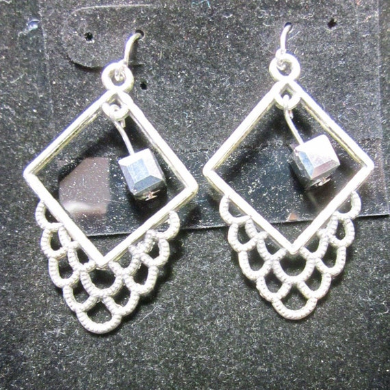 Earrings Jen 6 squares silver beads, silver wires
