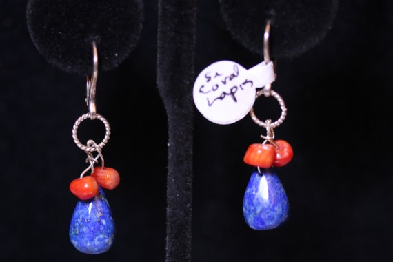 Earrings J, Lapis Lazuli Teardrops, coral nuggets beads, silver lever backs