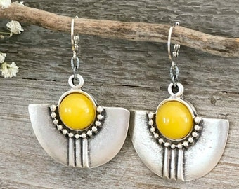 Tribal Fan Earrings | yellow crystal quartz in silver