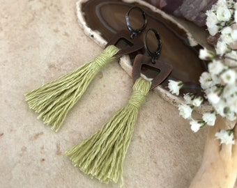 Pale Green Tassel earrings in copper | organic linen | color therapy