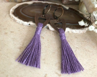 Purple Tassel Earrings in copper | hand spun linen fiber | color therapy