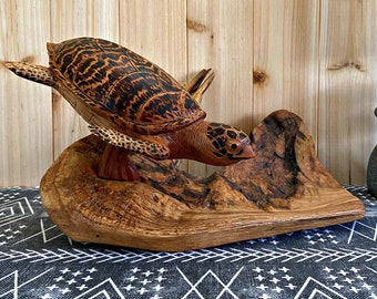 Hawksbill Sea Turtle | hand carved wildlife wood decor
