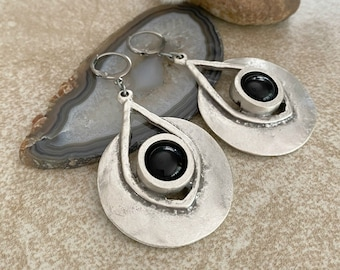 Soul Dancer Earrings | obsidian in creative industrial jewelry