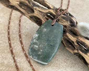 Moss Agate Necklace | natural earth stone jewelry