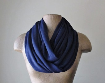 NAVY BLUE Infinity Scarf, Lightweight Circle Scarf, Dark Blue Textured Loop Scarf, Fashion Infinity Scarf