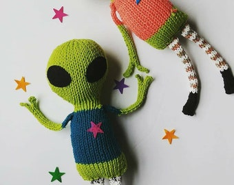 Knit KIT - alien brother or sister - DIY pattern, knitting needles, yarn, stuffing, etc. Easy unique geek knitter gift, do it yourself craft