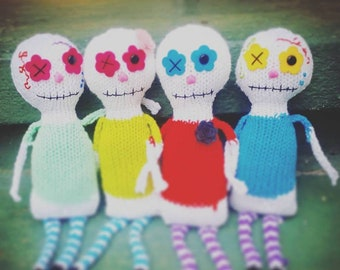 PATTERN ONLY: Dia de los Muertos sugar skull dolls!!  Day of the Dead Knitting Day of the Dead knit plushie, DIY, Instant Download