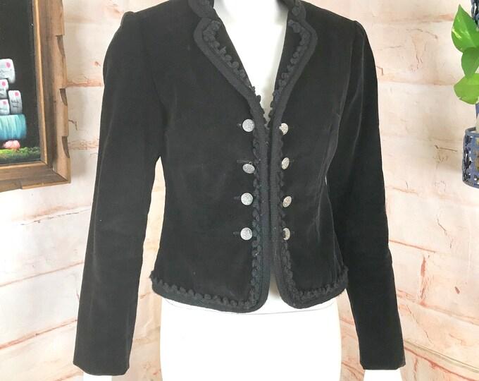 Vintage 70s Bill Atkinson Glen of Michigan Black Velvet Victorian Cropped Jacket 1970s S Small Velveteen