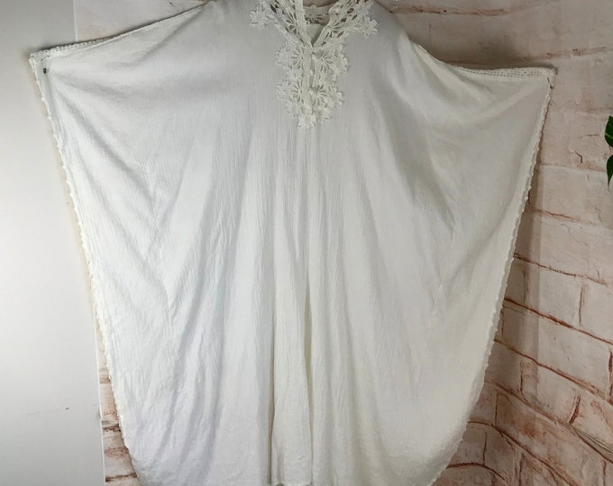 Vintage 70s Off White OS Crinkle Gauze Crochet Lace Maxi Caftan Wedding Dress 1970s Free Size