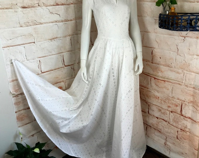 Vintage 40s White Eyelet Maxi Wedding Dress Gown Full Sweep Skirt Sheer Bias Cut 1940s XSmall/Small